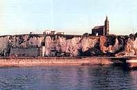 Vista de la costa de Dieppe (en la región de Normandía), puerto que constituyó el principal blanco del ataque aliado del 19 de agosto de 1942, tal como aparece en la actualidad.